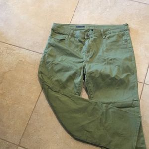 Out from the cloth ankle pants